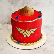 Торт корона и знак Чудо женщины