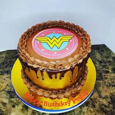 Торт знак Чудо женщины