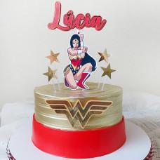 Торт с Чудо-женщиной