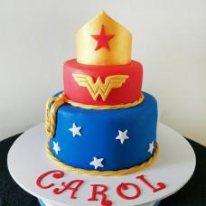 Большой торт в стиле Чудо женщины