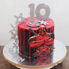 Торт Дэдпул на 10 лет