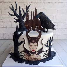 Торт Малефисента, замок и ворон