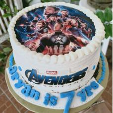 Торт Мстители на 7 лет