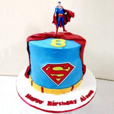 Торт с Суперменом