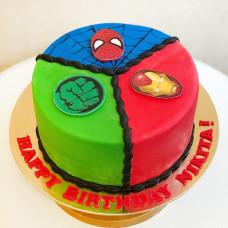 Торт на день рождения герои Марвел