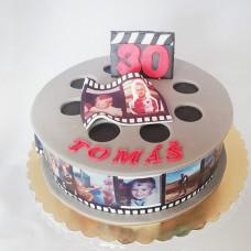 Торт в виде киноленты