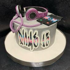 Торт наушники с телефоном