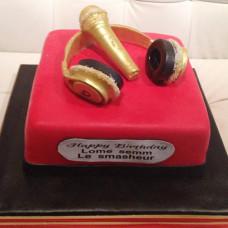 Торт золотой микрофон и наушники