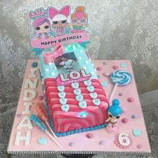 Торт в виде телефона