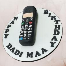 Торт кнопочный телефон
