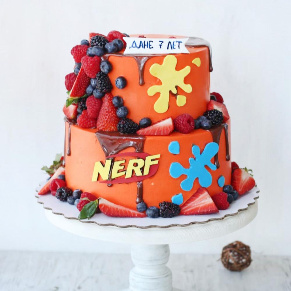Торт Nerf с ягодами
