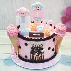 Торт Roblox для девочки