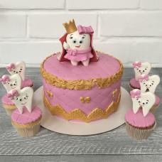 Торт с зубным принцем в сверкающей короне