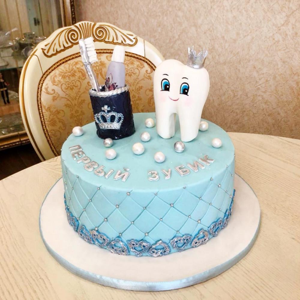 Торт на тему «молочный зубик»