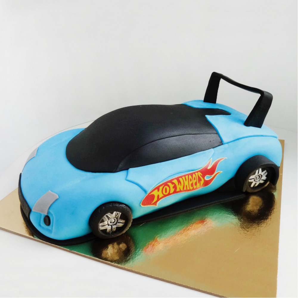 Торт машина Хот Вилс