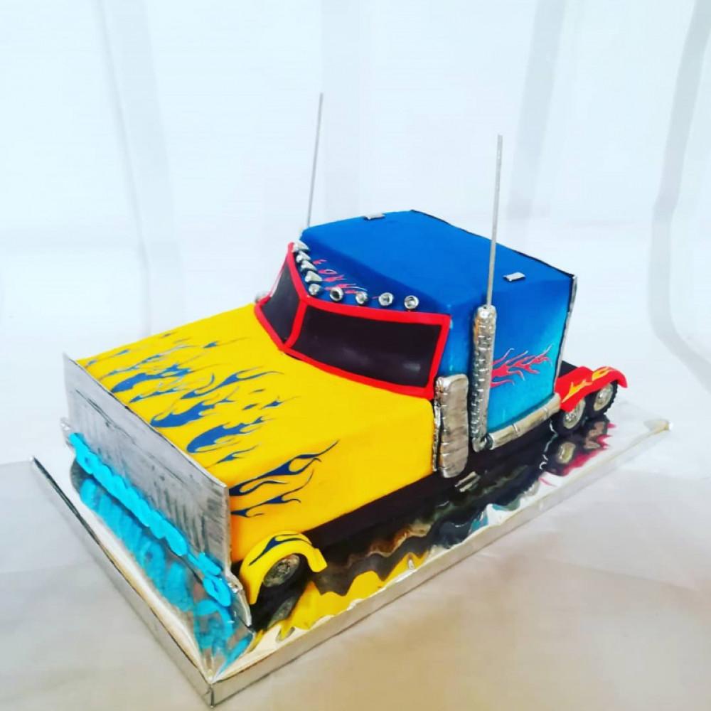 Торт Хот Вилс грузовик