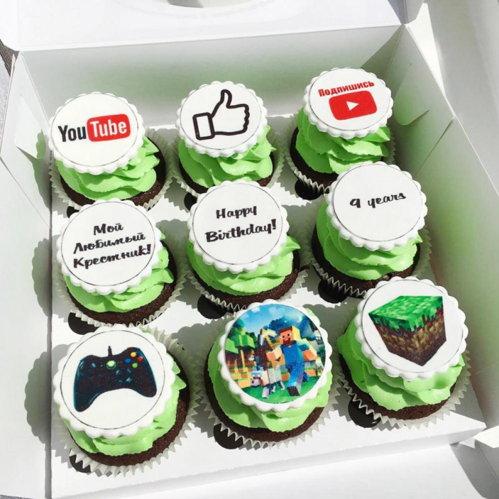 Пирожные на 9-й день рождения