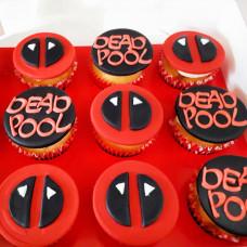 Капкейки в стиле боевика Deadpool