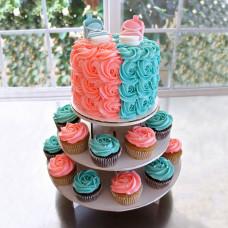 Торт с капкейками на подставке на определение пола