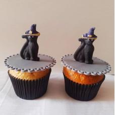 Капкейки черные кошки на Halloween