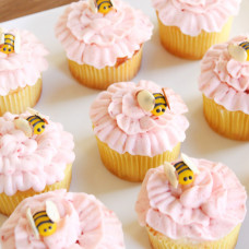 Капкейки пчелы на цветочках