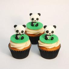 Капкейки с 3D фигурками панды