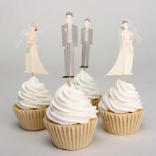 Капкейки с топперами жениха и невесты