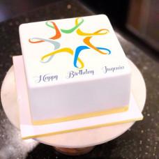 Брендированный торт