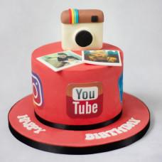 Торт с логотипами соц сетей