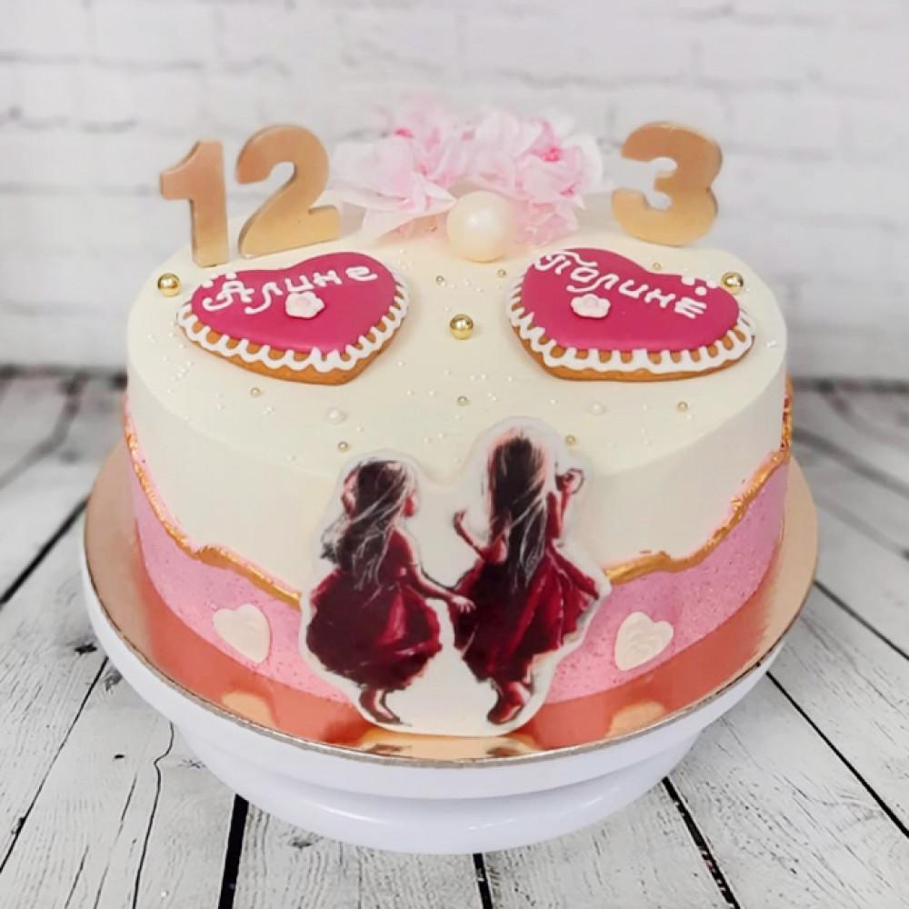 Торт для двух именинников девочек