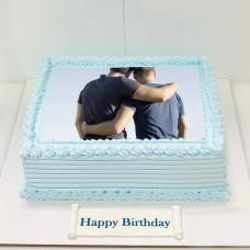 Торт для двоих мужчин