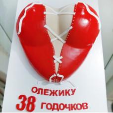 Торт в виде женской груди
