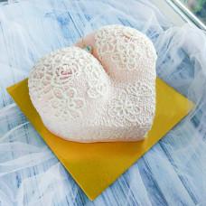 Кремовый торт груди