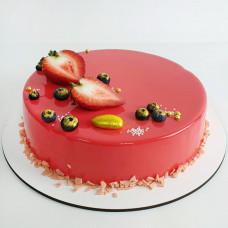 Торт на 14 февраля с ягодами