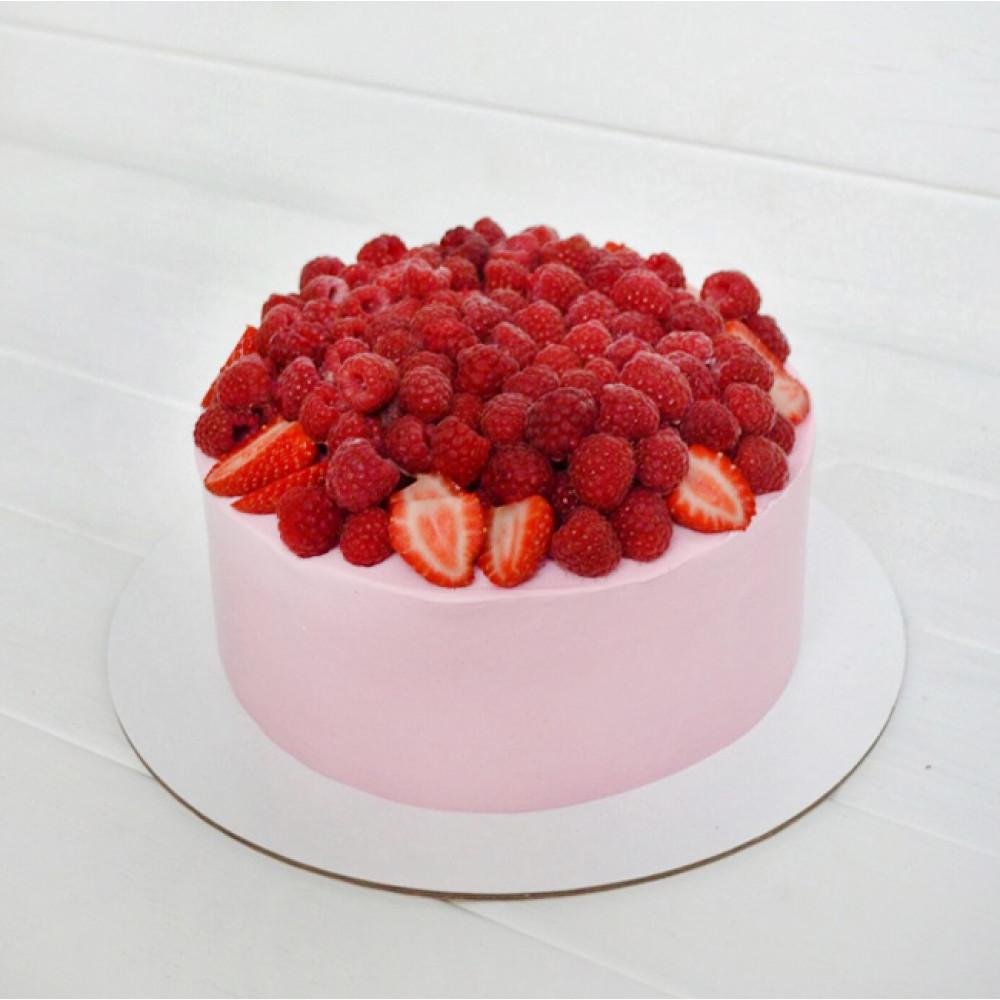 Ягодный торт на Валентинов день