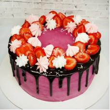 Торт на день влюбленных с клубникой