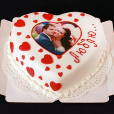 Торт на День влюбленных с фотопечатью
