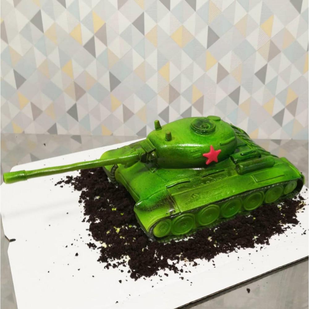 Торт в виде танка на 23 февраля