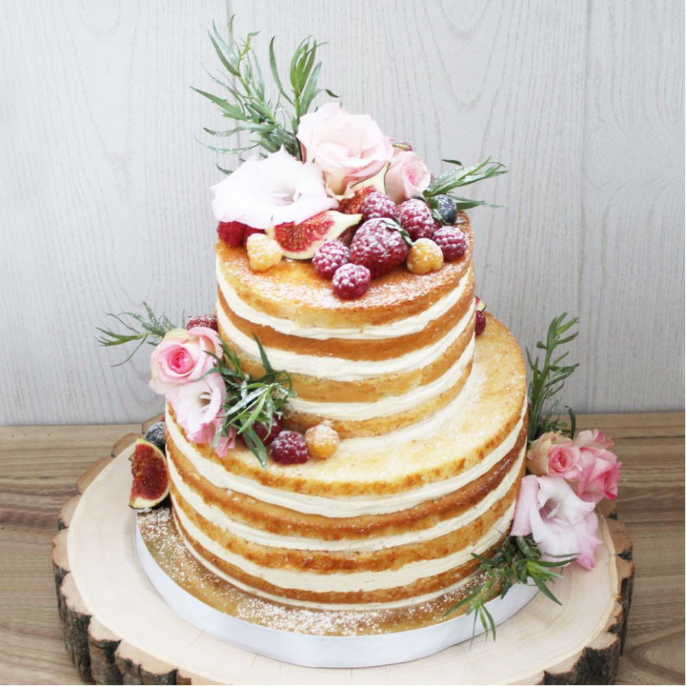 Голый торт на 8 марта