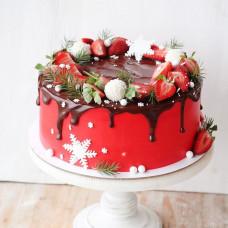 Торт на Новый год с ягодами и шоколадом