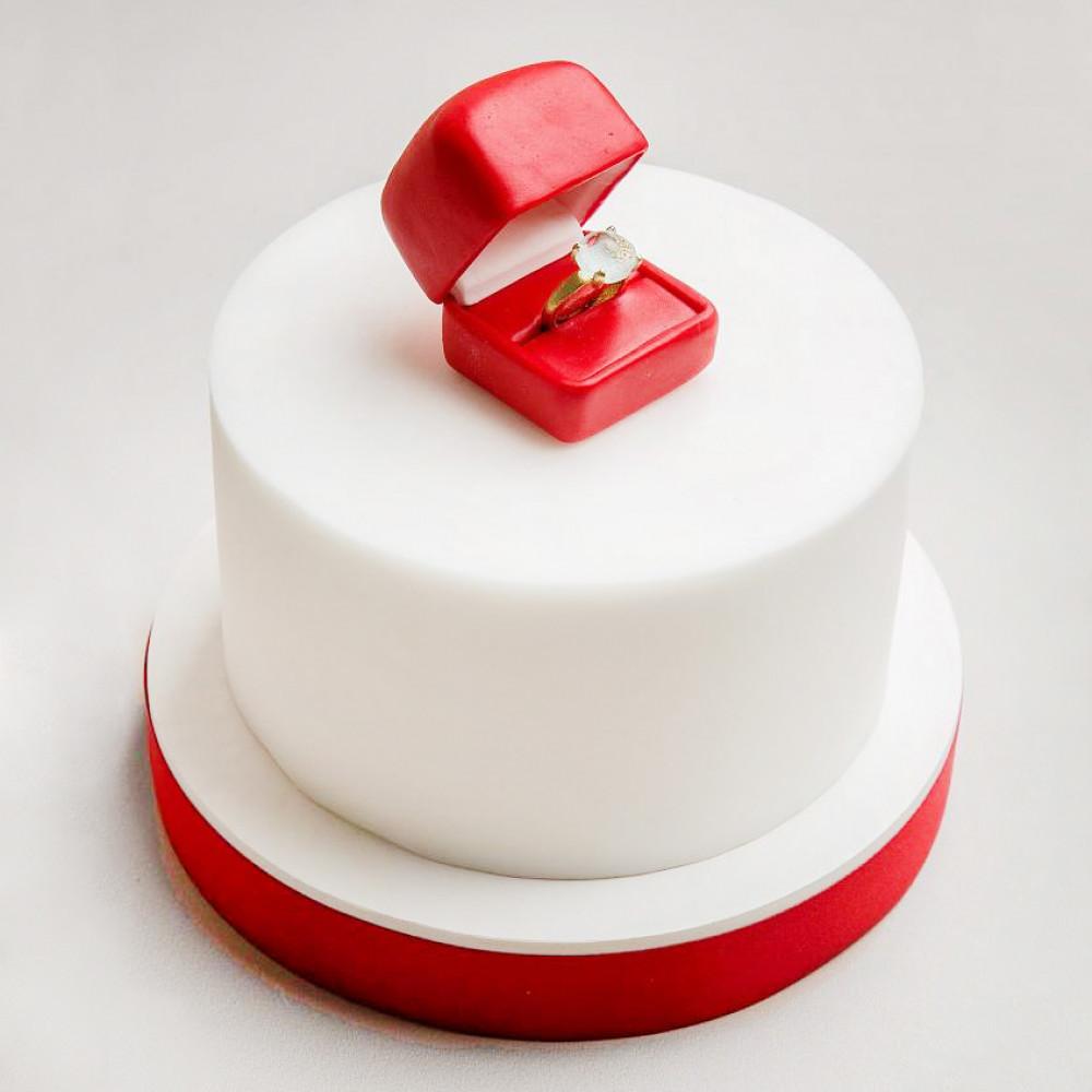 Торт на тему Предложение руки и сердца