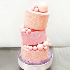 Падающий торт на день рождения