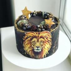 Черный торт со львом