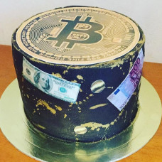 Торт в виде монеты Биткоин