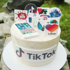 Торт с надписью Лайк