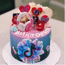 Торт на день рождения девочке Тик Ток