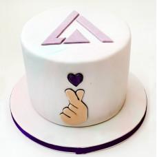 Торт с логотипом группы SEVENTEEN