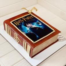 Торт в книжный салон