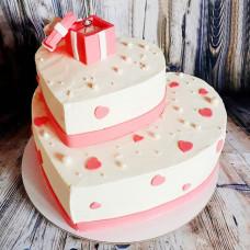 Двухъярусный торт сердце