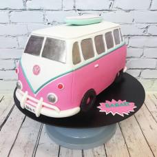 Торт в виде туристического автобуса